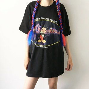 1996 Vintage Mickey Mouse Graphic Tee Shirt